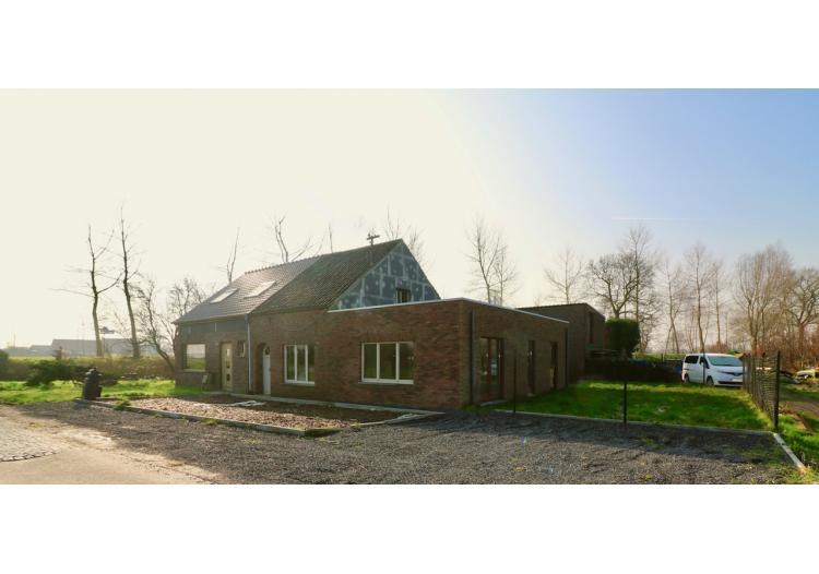 Vastgoed Unicum -     Sint-Margriete, Woning             - Af te werken halfopen bebouwing