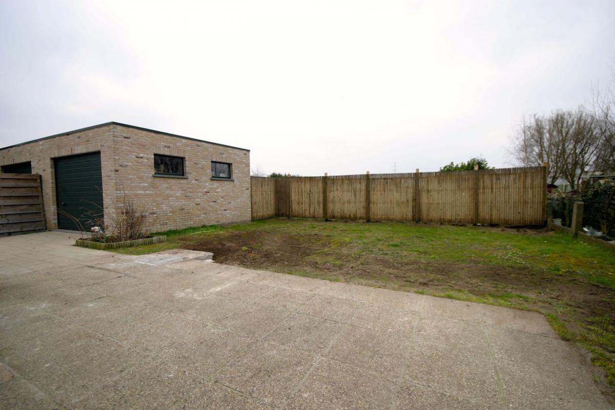 Vastgoed unicum waarschoot woning gerenoveerde for Huis met tuin te huur waarschoot